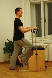 rozpohybování kotníku na pilates strojích