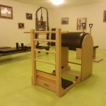 Skupinové lekce na pilates strojích
